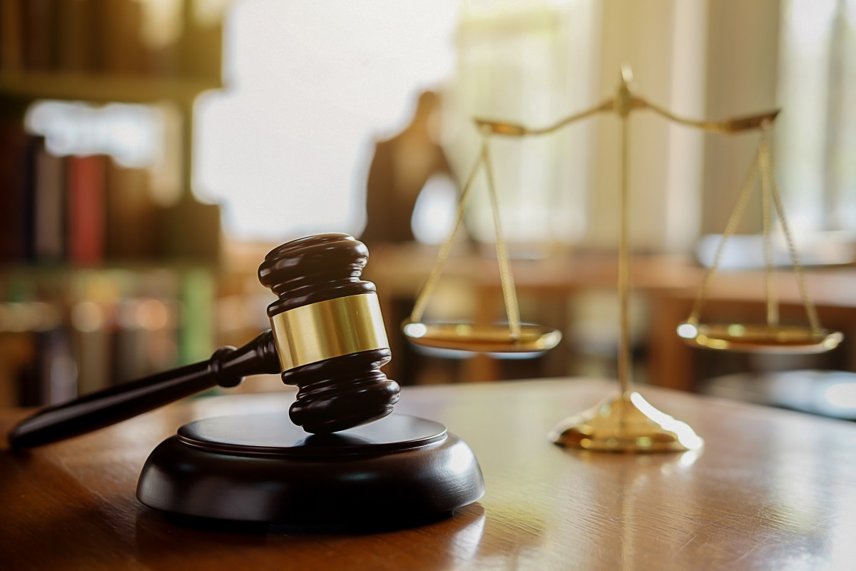 Gavel and scale of justice.jpg