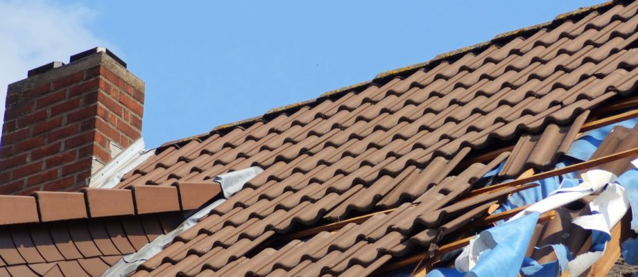 How to File a Roof Damage Insurance Claim: