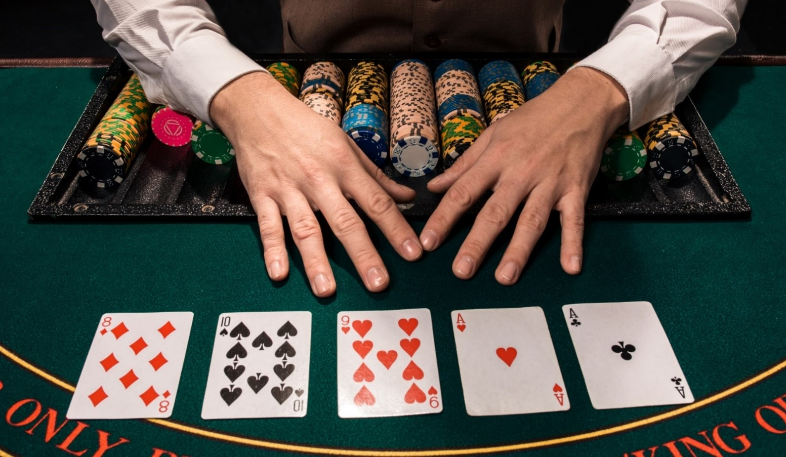 Here's how can poker help you boost creativity