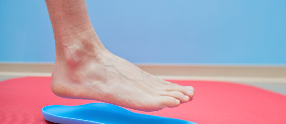 What Are Insoles and Orthotics? The Benefits of Shoe Inserts