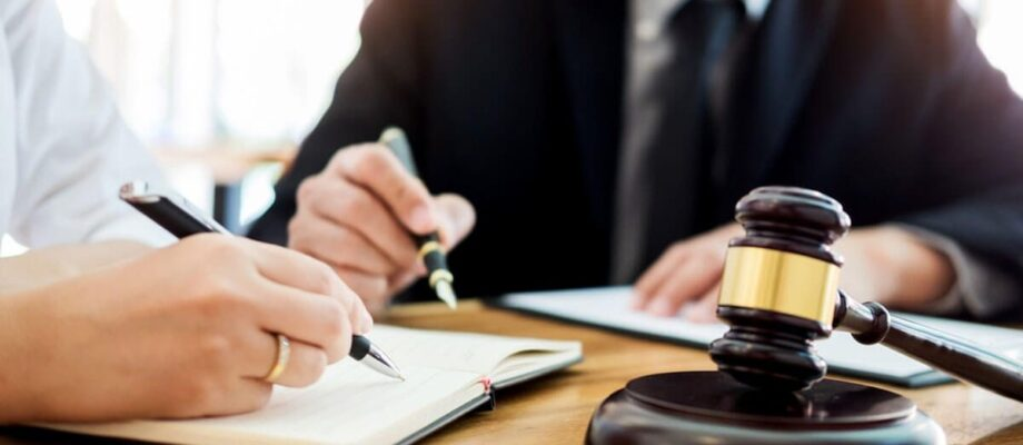 4 Questions to Lead You to the Right Personal Injury Lawyer