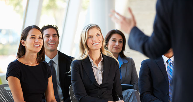 Importance of Eye Contact during a Presentation